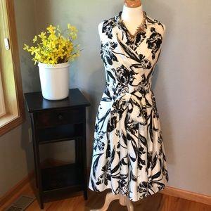 Like new Jessica Howard pleated dress size 6